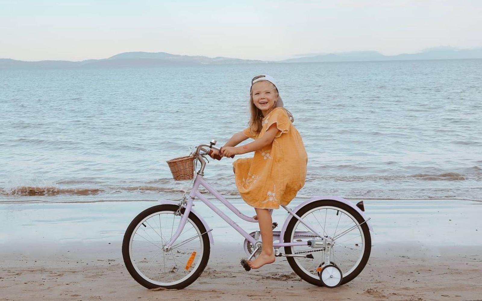 "18 13 - Reid ® - Girls Classic 20"" Bike"