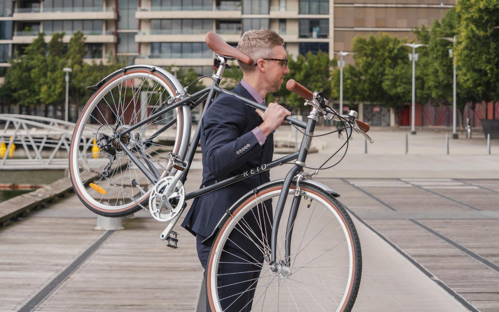 33 8 - Reid ® - Gents Roller Bike