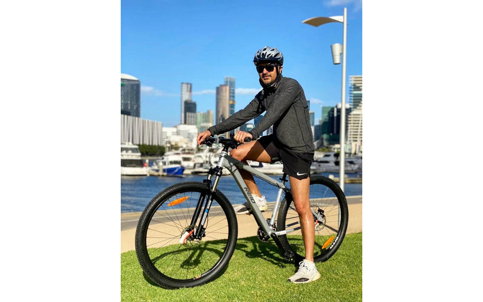 Copy of Copy of Lifestyle images 2 2 - Reid ® - Xenon Bike