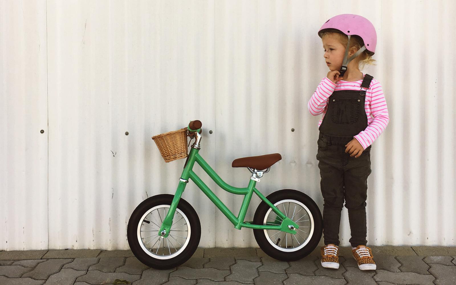 Lifestyle Images 1600 x 1000 2 2 - Reid ® - Girls Vintage Balance Bike