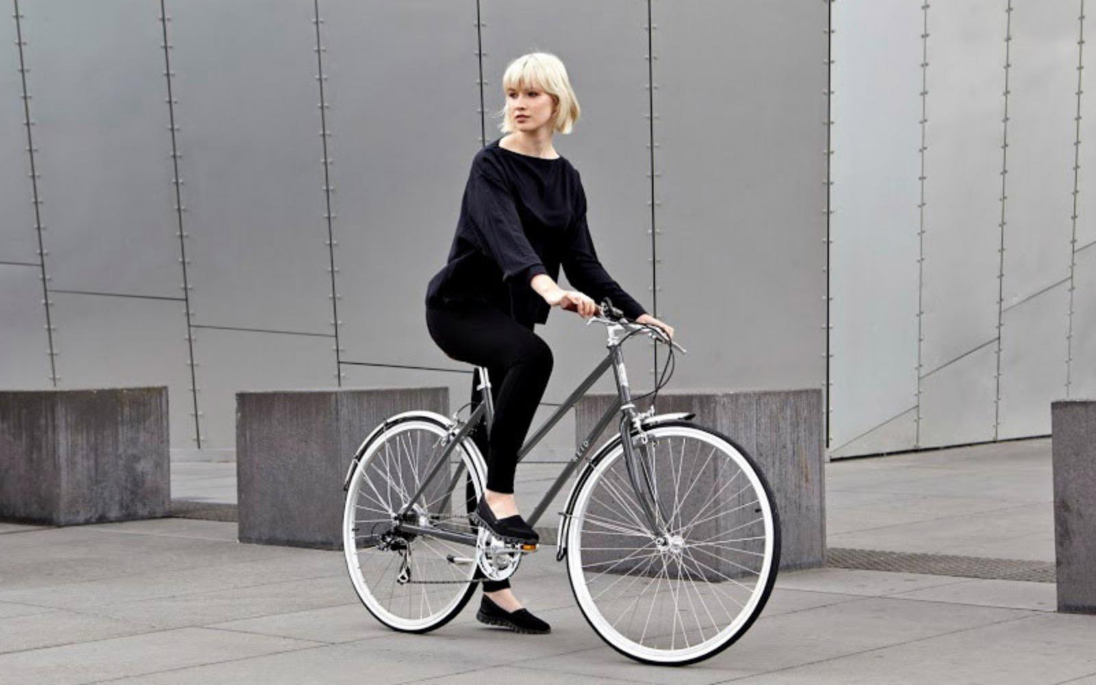 Lifestyle Images Vintage 1 - Reid ® - Ladies Esprit 7-Speed Bike